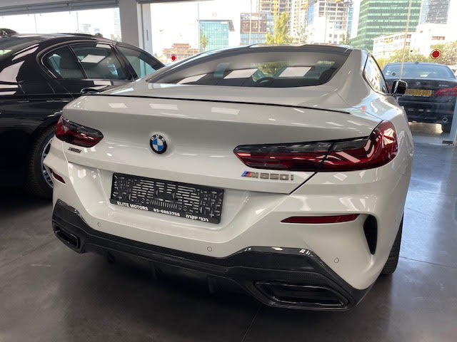 במוו M850I Coupe carbon